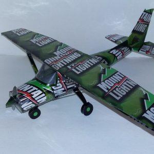 Aluminum can airplane Cessna 172