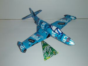 aluminum can airplanes